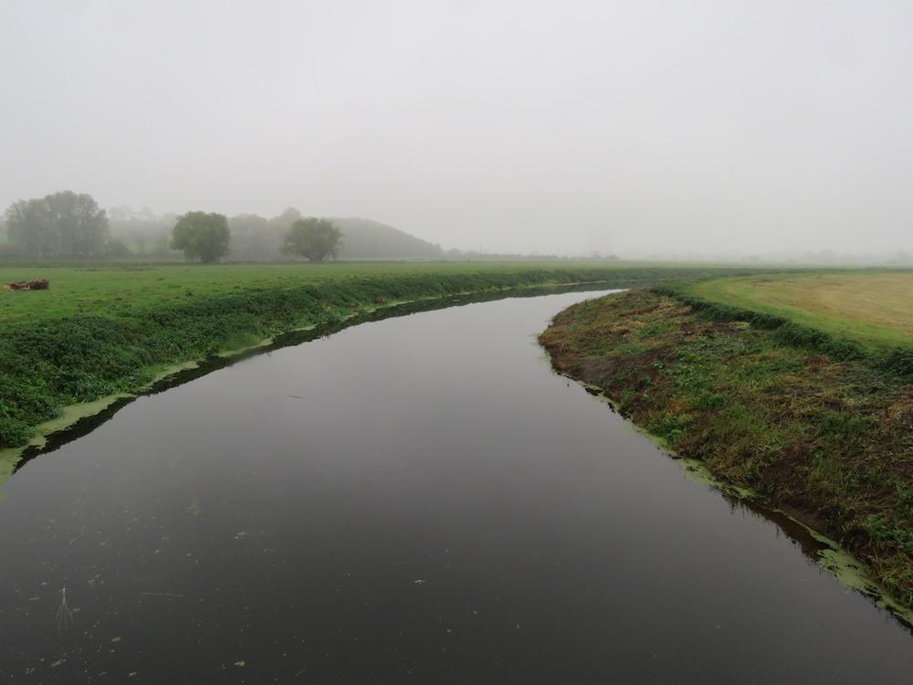 A featureless watercourse comprising poor quality habitat for eels (Photo credit ©Peter Walker)