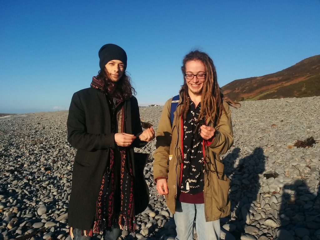 Mermaid's Purse hunt on Tanybwlch beach (Photo credit ©Chloe Griffiths)